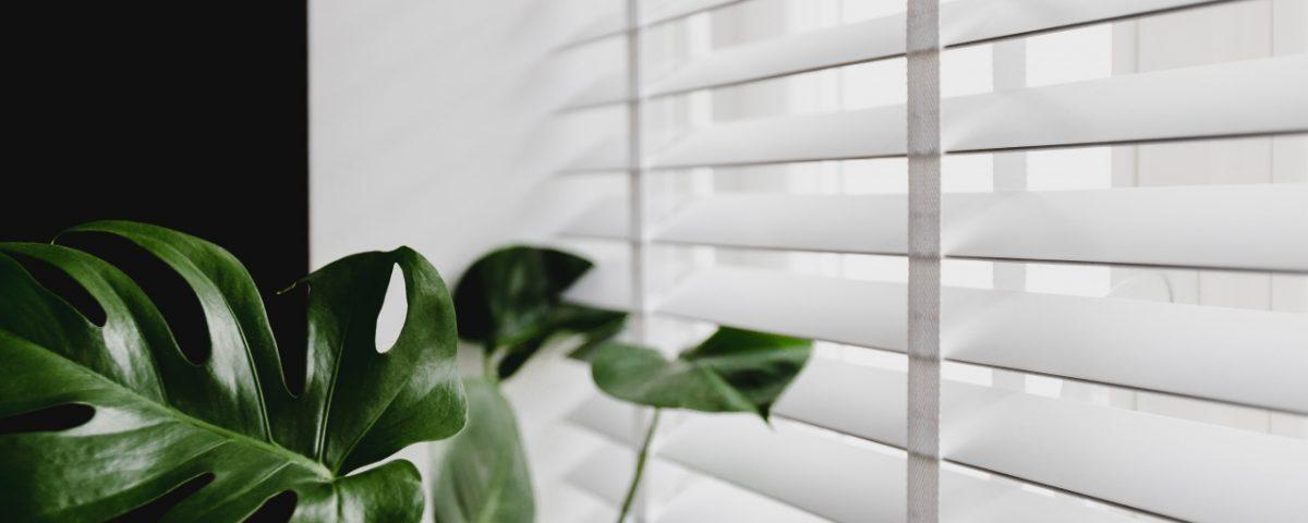 Rolety termiczne na okna dachowe – jak są wykonane
